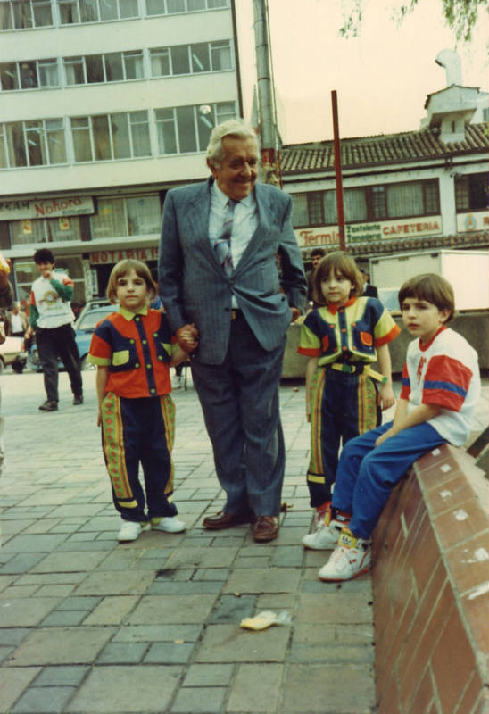 Ismael Camacho and his grandchildren